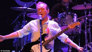 david cassidy struggles to remember words slurs and falls daily