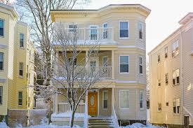 three bedroom townhomes five three bedroom apartments for 2 300 or less per month boston