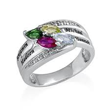customized mothers rings engraved mothers ring with swarovski birthstones
