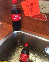 si e social coca cola i ll never let you go drowning in the sink coca cola