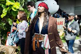 Jack Sparrow Halloween Costume 30 Awesome Minute Halloween Costume Ideas Thestreet