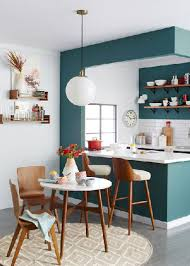 cuisine blanche et verte une peinture verte dans une cuisine blanche