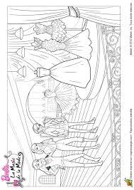 Coloriage barbie et la magie de la mode couture sur Hugolescargotcom