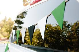 how to make a simple and easy felt pennant banner hgtv