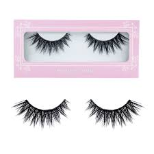 how to extend the life of your fake eyelashes her campus