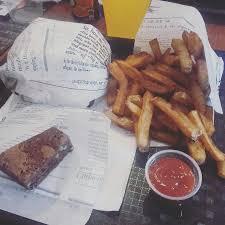 levrette cuisine biere levrette cherry large jpg photo de atomic burger vitre