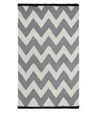 Black And White Zig Zag Rug Chevron Rug M U0026s Berlin Pinterest Chevron Rugs Spare Room