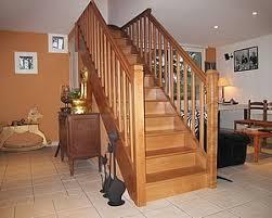 escalier entre cuisine et salon escalier milieu de maison design sibfa com