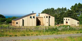 shed style architecture channeling the spirit of sea ranch anniversary edition remodelista
