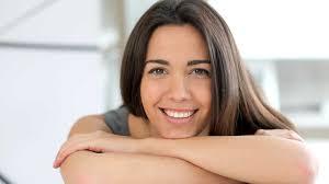 alimenti fanno bene ai capelli cosa mangiare per avere i capelli belli sani e rinforzati ecco