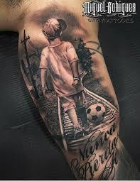 l tat de si e tatuaje de fútbol ojos deportes tatoo and tattos