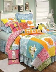 Tropical Bedspreads And Coverlets Kahala Quilts Tropical Quilts Home Bedding Pinterest