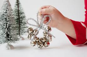 dandee diy jingle bell ornament