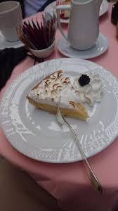 baise cuisine zitronenkuchen mit baiser picture of vassalli pasticceria salo