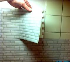 recouvrir faience cuisine recouvrir faience salle de bain comment recouvrir un carrelage de