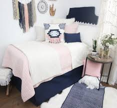 have you ever thought about an ivory blush and navy color combo