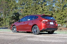 small subaru hatchback 5 things you need to know about the 2017 subaru impreza