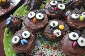 green gourmet giraffe halloween treats owl and spider cupcakes