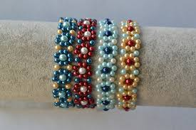 flower beads bracelet images Making fresh colored pearl beaded flower bracelets carol 39 s jpg