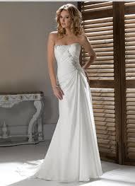 robe de mariã e traine robe de mariée pas cher fourreau en traîne balayage pinceau en