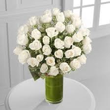 Long Stem Rose Vase Purity Premium Long Stem White Roses In A Tall Vase In Torrance