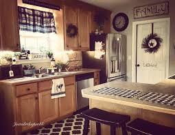 Kitchen Colors With Oak Cabinets And Black Countertops Best 25 Oak Kitchens Ideas On Pinterest Oak Kitchen Remodel