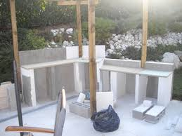 construire sa cuisine d été construire une table de jardin 12 cuisine d ete en beton