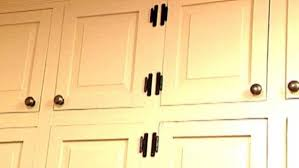 best spray paint for cabinet hinges learn ways to replace kitchen cabinet hardware and steps to paint kitchen cabinets
