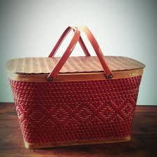 vintage picnic basket best 25 vintage picnic basket ideas on vintage picnic