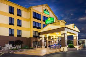 Comfort Inn And Suites Memphis Hotel La Quinta Memphis East Sycamore Vie Tn Booking Com