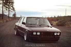 bmw stanced stanced u2013 1984 bmw 528e with 3 5 engine rusty but trusty