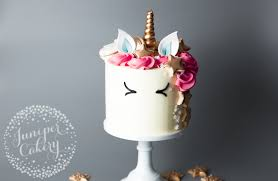 how to make a cake an enchantingly easy tutorial