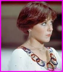 wedge stacked haircut in 80 s dorthy hamil dorothy hamill s famous wedge haircut photo gallery wedge