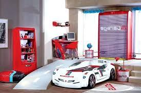 chambre pour garcon chambre garcon theme voiture deco co placard lit pas bebe