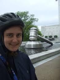 Flight Attendant Jobs In Columbus Ohio Amish Jessica Lippe On Foot