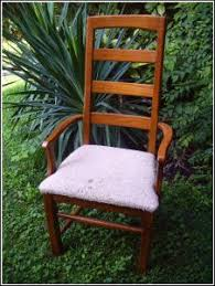 Reupholster Patio Furniture Cushions by How To Reupholster A Chair Seat