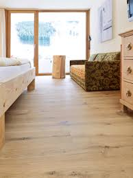 Country Floor by Oak Country Wide Plank Brushed White Oil I Hotel Walliserhof