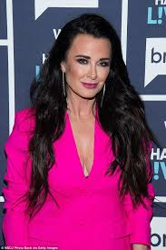 kyle richards needs to cut her hair the 25 best kyle richards age ideas on pinterest kyle richards