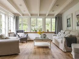 landhaus wohnzimmer gemütliches wohnzimmer ideen ton on ideen plus 17 best ideas about