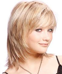 medium length hairstyles for fuller faces 25 modern medium length haircuts with bangs layers for thick