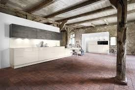 cuisine grange cuisine pour grange rénovée menuiserie dufays