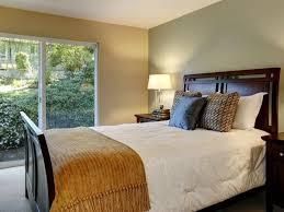 orientation lit chambre la position du lit 10 astuces pour une chambre feng shui