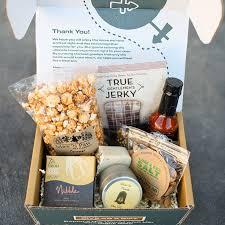 Travel Gift Basket Best Subscription Boxes For Travelers U003e U003e Local Adventurer