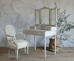 Nice Vanity Sets Antique White Bedroom Vanity U003e Pierpointsprings Com