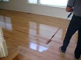 hardwood floors applying coat