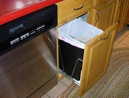 kitchen trash can sizes 25 best kitchen trash cans ideas on