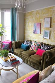 Sofas For Small Living Room by 68 Best Decorating With Chesterfield Sofas Images On Pinterest