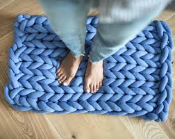 How To Crochet A Rug Out Of Yarn Super Chunky Blankets Supplies For Bulky Knitting By Ohhio