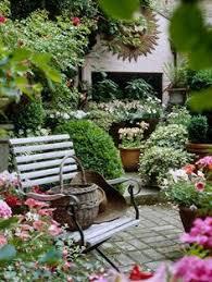 Beautiful Patio Gardens 41 Backyard Design Ideas For Small Yards Rooftop Gardens