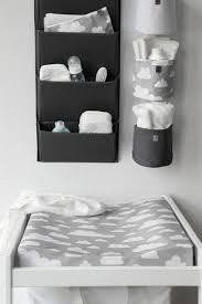 chambre bébé simple chambre enfant simple table a langer meubles chambre bebe nuages